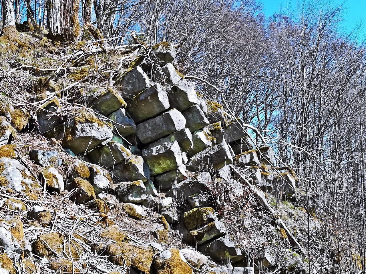 Basaltsäulen Steinernes Haus Rhön